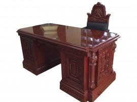 Escritorio y sillón Presidencial